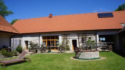 Apartments Modrá Vrata, Mníšek 18, 379 01, Stříbřec