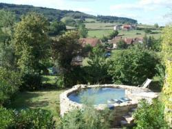 Holiday home Milles etoiles,  71250, Cluny