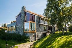 Dolmsundet Hotel, Dolmsundet, 7250, Melandsjøen