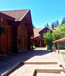Hitching Post Resort, 8751 Peregrine Road, V1P 1J4, Kelowna