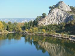 Camping de la Vallée Heureuse, Quartier Lavau, 13660, Orgon