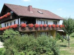 Ferienwohnungen Tröndle im Rosendorf, Witznauweg 5, 79809, Weilheim