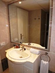 One-Bedroom Apartment in Alicante with Pool XXXI, Polígono Equip Docente -Deport, 1, 03710 Calp, Alicante, Spain, 3710, Ifach