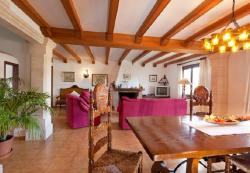Three-Bedroom Apartment in Mallorca with Pool XXXI, Camí de Can Canaveret,, 7460, El Port
