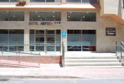 Hotel Anfora, Pablo Vallesca, 16, 52001, Melilla