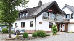 Gästehaus Portugall, Im Bernert 8, 56821, Ellenz-Poltersdorf