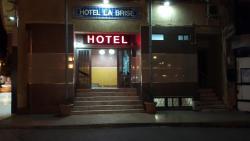 Hotel la brise, Angle boulevard de la plage et route nationale niche 1159 paradis plage, 31014, Aïn el Turk