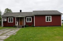 Ida's Stuga, Södra Kyrkholmen 6, 953 93, Karungi