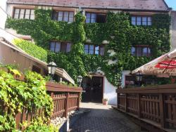 Hotel M, Čechova 112/11, 78501, Šternberk
