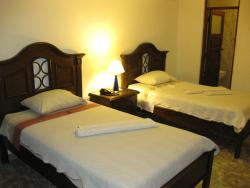 Hotel California, Calle Charagua nº23, zona Siete Calles, 0001, Santa Cruz de la Sierra