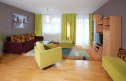 Wohlfühlappartements Bayer, Badstraße 21, 4701, Bad Schallerbach
