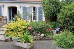 Chambre d'Hotes Le Lavoir, 6, impasse de la fontaine, 85200, Fontaines