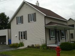 Maison Lessard, 462 ave St-Joseph, G0N 1G0, East Broughton Station