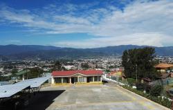 Hotel Las Brumas, San Rafael de Oreamuno, Cartago, Costa Rica 2 Km al este del puente Beily, carretera principal hacia el Parque Nacional Volcán Irazú., 30701, Cartago