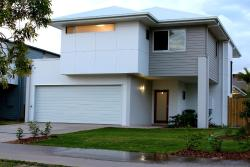 Petrie Beach Holiday Home, 24/8 Petrie St, 4740, Mackay