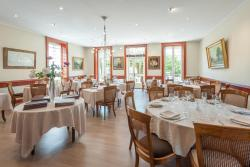 Hotel Restaurant Emile Job, 12 rue du Pont, 01090, Montmerle Sur Saône