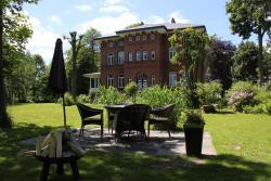 Haus im Park, Bahnhofstr. 24 1, 25764, Wesselburen