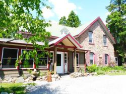 Morgan House B&B, 83 Morgans Road, P1H 1A7, Huntsville