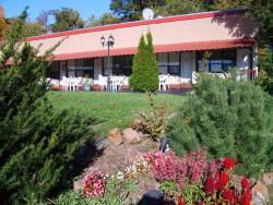 Capricorn Motel Royale 1000 Islands, 108 Ivy Lea Road, K0E 1L0, Lansdowne