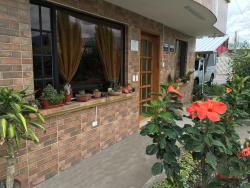 Hotel Alpachaca, Conector Alpachaca 35, 111111, Tababela
