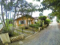 Casa Soles, Rua Oscar Bayer, 44, 88210-000, Porto Belo