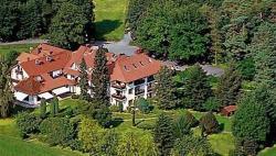 Landhotel Waldhaus, An der Ringelshöhe 7, 35321, Laubach
