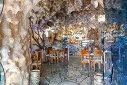 Hotel Shpella, Uznove Qender, 5002, Berat