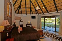 La Rochelle Lodge, 45 km north of Tsumeb on the M75 to Tsinsabis, 9000, Tsumeb