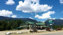 Glacier Mountain Lodge, 869 Shell Rd, PO Box 27, V0E 1J0, Blue River