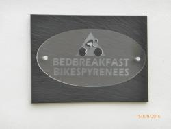 Bedbreakfastbikespyrenees, 2 Place Du Cazal, 09000, Loubières