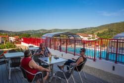 Camping Larlapean Hôtel de Plein Air, Chemin Gaineko Bidea, 64780, Saint-Martin-d'Arrossa