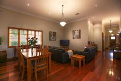 Centro Perth Short Stay, 24 Willis St East Victoria Park, 6101, Perth