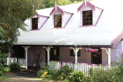 Dancing Waters Cottage, 33 Forestry Rd, 4213, Springbrook