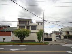 Posada Turistica Ventura, Rio Coca E2-49 e Isla Santiago a una cuadra del terminal de la Y, 170135, Hacienda Caicedo