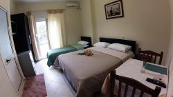 Hotel 4 Stinet, Janaq Kilica, 9403, Vlorë