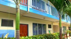 Hotel Bahia Azul, Bahía Ballena, 100-01, Uvita