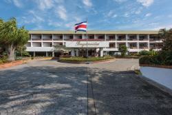 Hotel Bougainvillea, Costado Oeste Escuela Santo Tomas, 113100, Santo Domingo