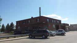 Warner Hotel, 102 4th Avenue, T0K 2L0, Warner