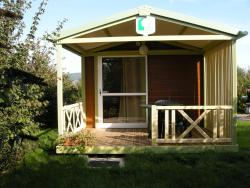 Camping les Hirondelles, Rue du Moulin de Dona, 52150, Bourg-Sainte-Marie