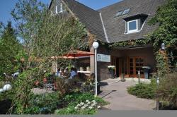 Leibers Galerie-Hotel, Redderberg 18, 24326, Dersau