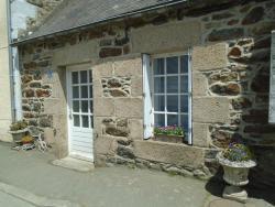 Cottage Sans Sousi, 24, Rue de l'Allee, 22160, Callac