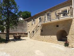 La Maison des Belles Filles, Le village, 21420, Pernand-Vergelesses