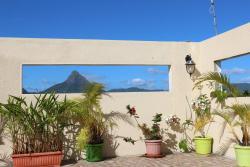Residence Les Sables Divoire, 381 Coastal Road, Penthouse - De Chazal Wolmar,, Flic-en-Flac