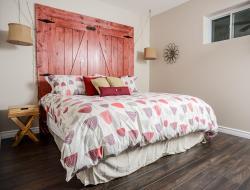 The Village Suites, 306 Wellington Main Street, K0K 3L0, Wellington
