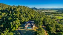 Pepperberry House Whitsundays, 48 Pepperberry Lane, Cannon Valley, 4800, Cannonvale