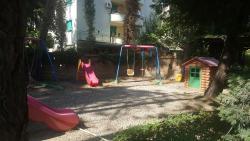 Vila Kapiten, rruga e plazhit, 2504, Golem