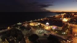 Hotel y Casino del Rio - Las Grutas, Avenida Costanera esquina avenida Bresciano, 8521, Las Grutas