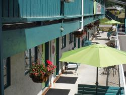 Robber's Roost Motel, 3476 Laurier Street, V0J 2J0, New Hazelton