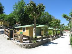 Camping Rio Purón, CARRETERA NACIONAL 634 KM296, 33500, San Roque del Acebal