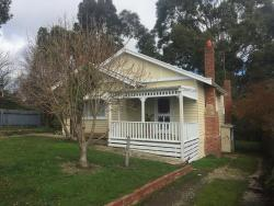 4th and main, 50 Main Road, 3461, Hepburn Springs